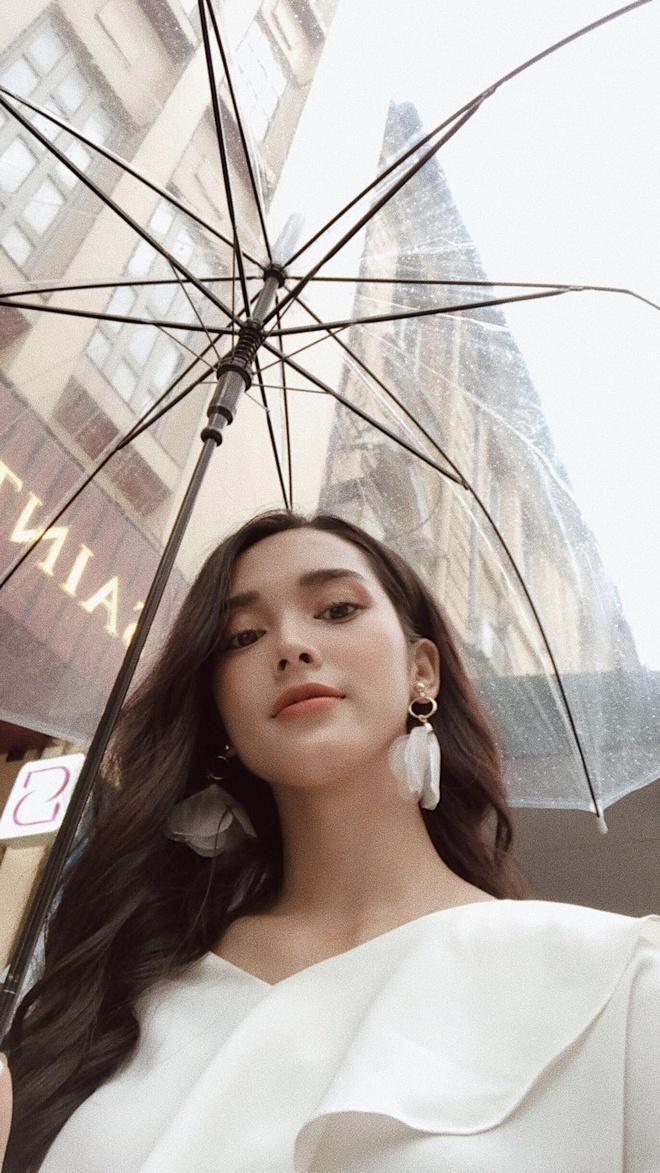 Nhan sac quyen ru cua co gai dong canh nong trong MV 'Mau nuoc mat' hinh anh 13