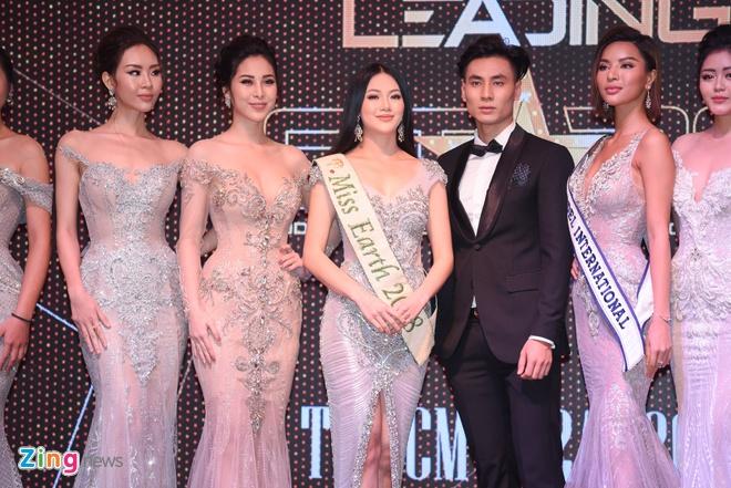 Hoa hau Phuong Khanh khoe nhan sac, khong phu nhan tin don dao keo hinh anh 4