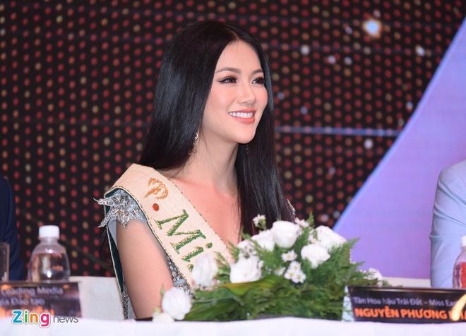 Hoa hau Phuong Khanh khoe nhan sac, khong phu nhan tin don dao keo hinh anh 5