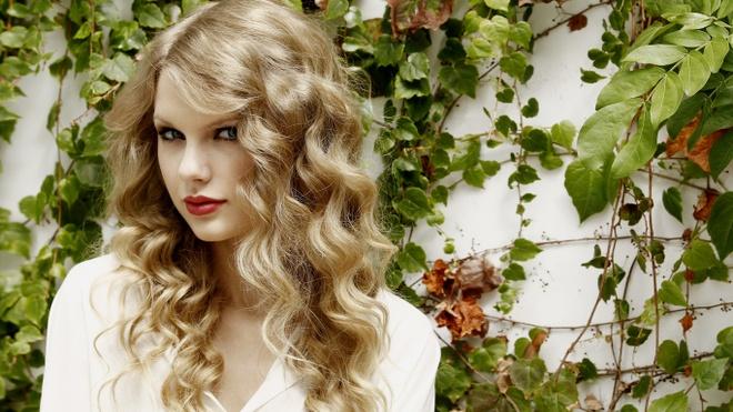 Taylor Swift xinh nhu cong chua trong album gay bao 10 nam truoc hinh anh 9
