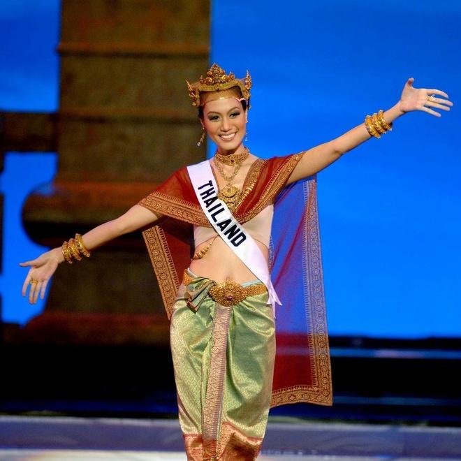 Nu co truong xinh dep gay sot khi la Hoa hau Hoan vu Thai Lan 2005 hinh anh 7
