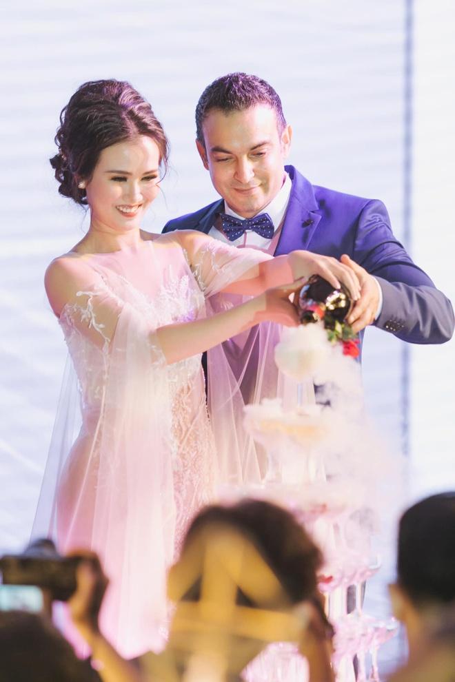 Võ Hạ Trâm giải oan cho Hòa Minzy về 'lời chúc đám cưới vô duyên'