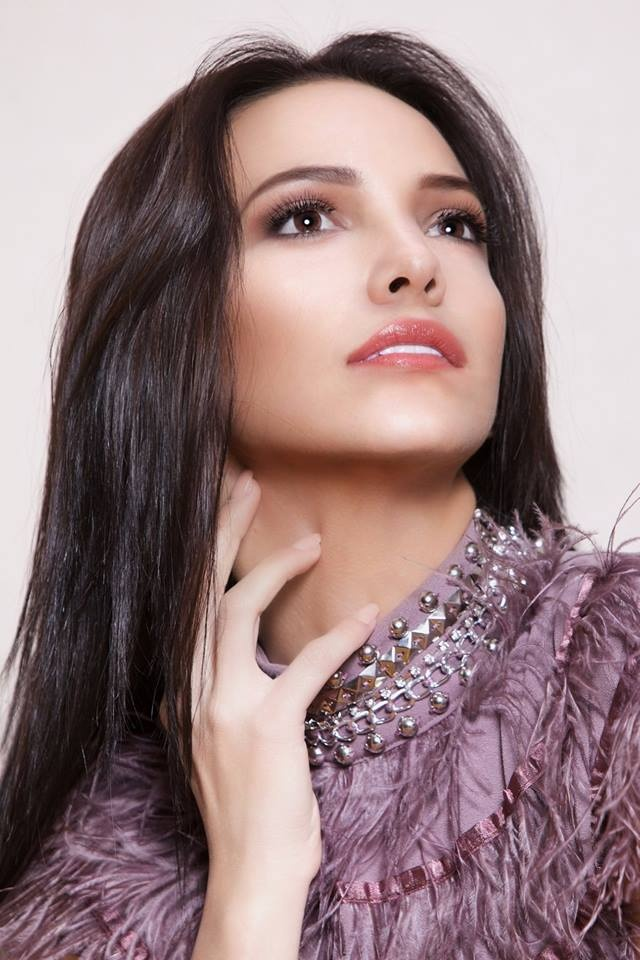 H'Hen Nie va Tieu Vy vao Top 50 Miss Grand Slam hinh anh 7