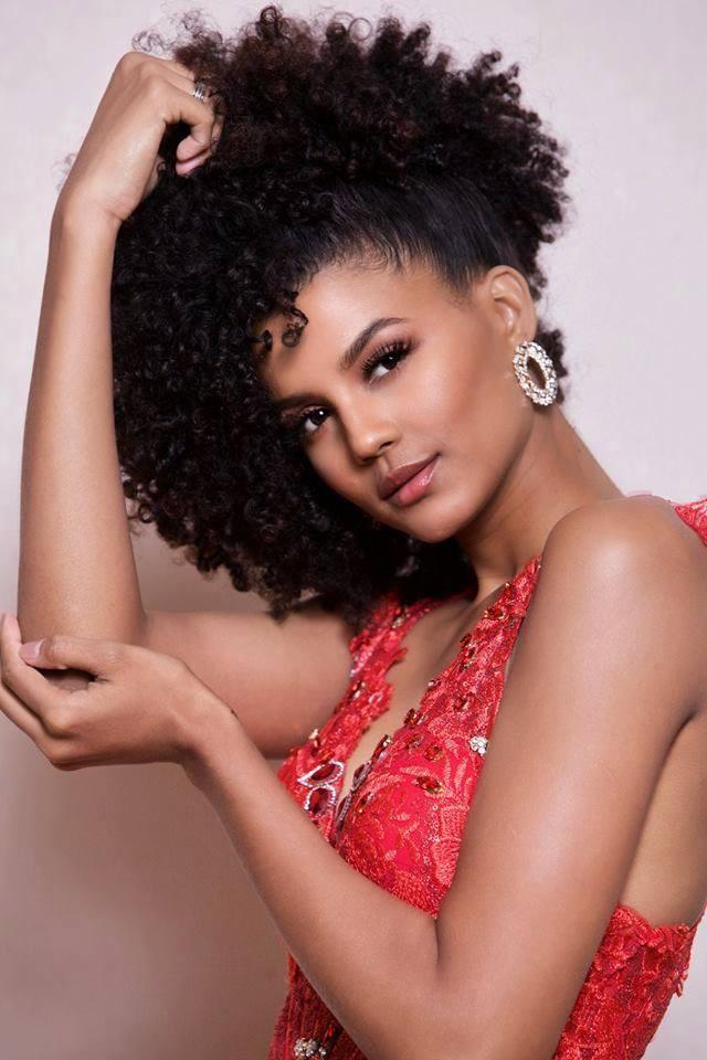 H'Hen Nie va Tieu Vy vao Top 50 Miss Grand Slam hinh anh 11