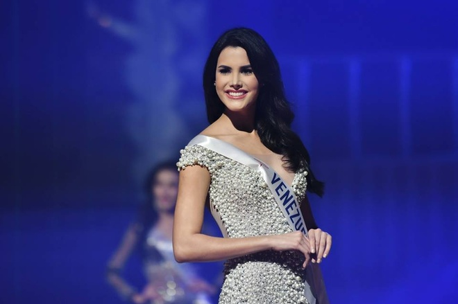 H'Hen Nie va Tieu Vy vao Top 50 Miss Grand Slam hinh anh 5