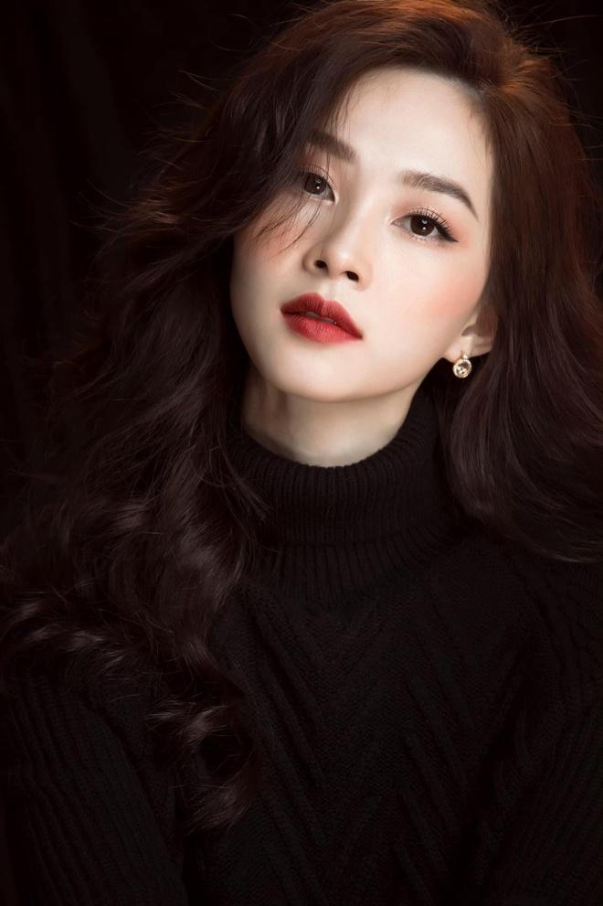 Vi sao Hoa hau Dang Thu Thao lot top 100 my nhan chau A hinh anh 1