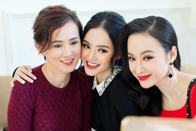 Em gai Angela Phuong Trinh xinh dep, quyen ru hon khi bot khoe than hinh anh 4