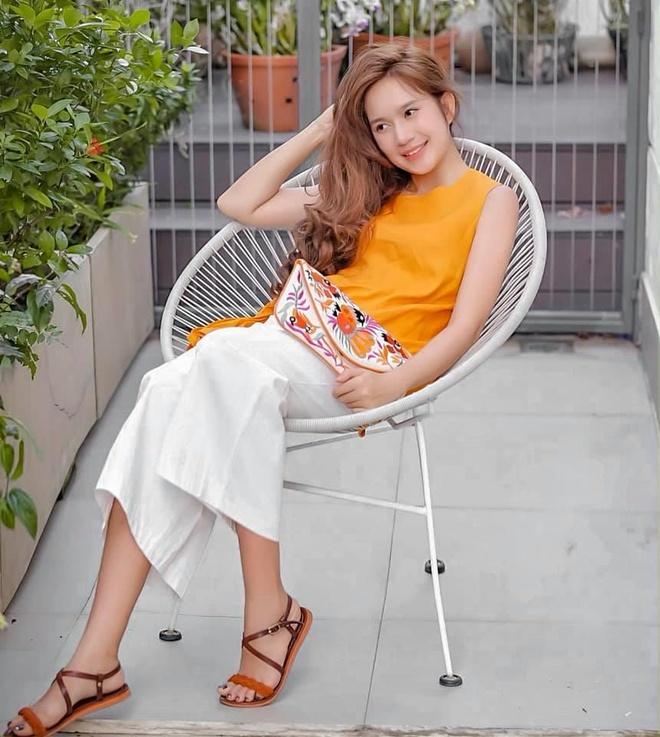 Ly Hai, Minh Ha cung 4 con song nhu 'nong dan' trong biet thu moi mua hinh anh 11