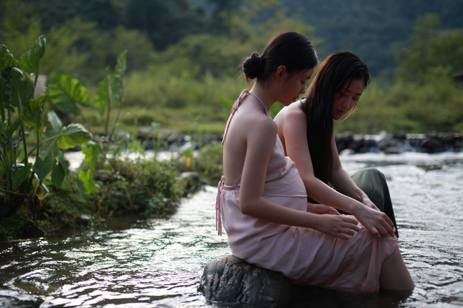 Nhan sac co gai Viet dong canh nong nam 13 tuoi trong phim 'Vo ba' hinh anh 4