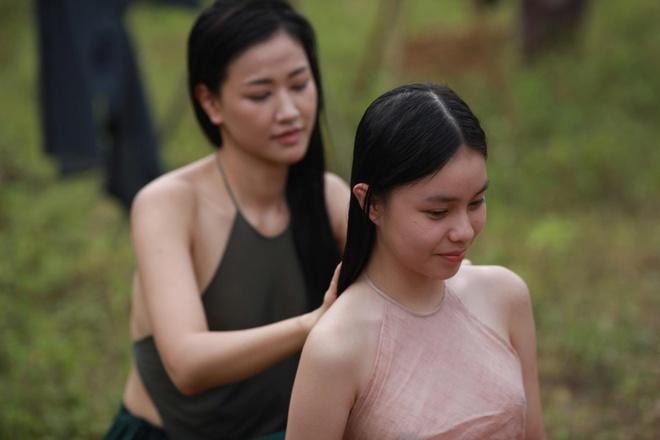 Nhan sac co gai Viet dong canh nong nam 13 tuoi trong phim 'Vo ba' hinh anh 2