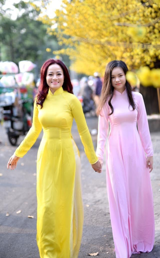 Nhan sac co gai Viet dong canh nong nam 13 tuoi trong phim 'Vo ba' hinh anh 9