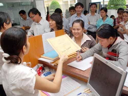 PGS Van Nhu Cuong: 225.000 cu nhan that nghiep la bao dong hinh anh