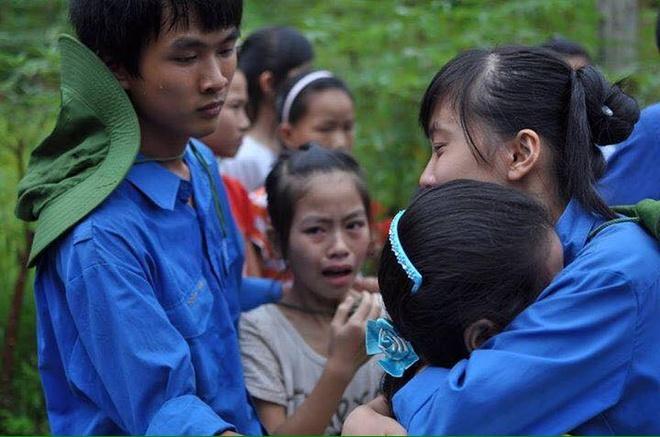 Khong phai tinh nguyen vien nao cung dung nang, dao muong hinh anh 2