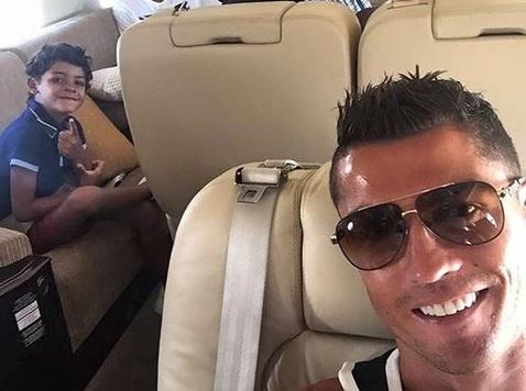 Ronaldo tro thanh nan nhan cua dan mang Viet Nam hinh anh