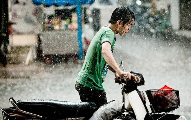 'Con xin loi vi tung doi bo me mua xe ga dat tien' hinh anh 2