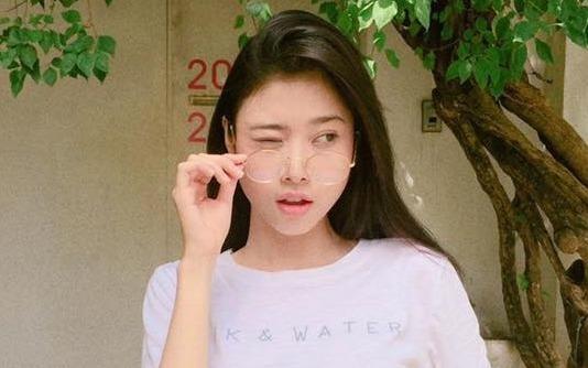 Hot girl Sai Gon xuat hien trong quang cao cung Truong Giang hinh anh