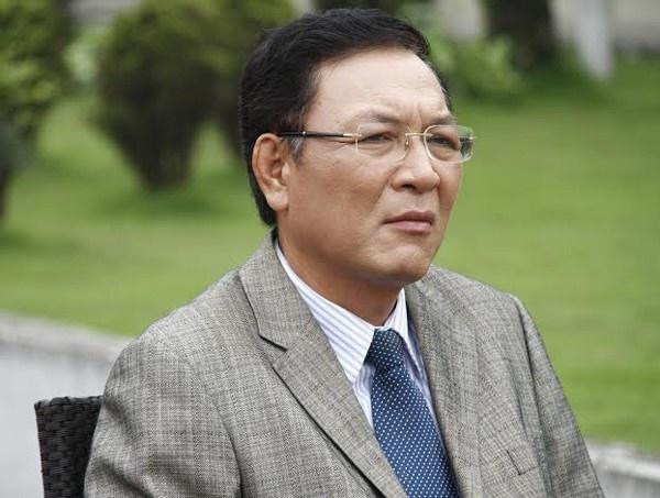 Cuu Bo truong Pham Vu Luan nhan cong tac tai DH Thuong mai hinh anh