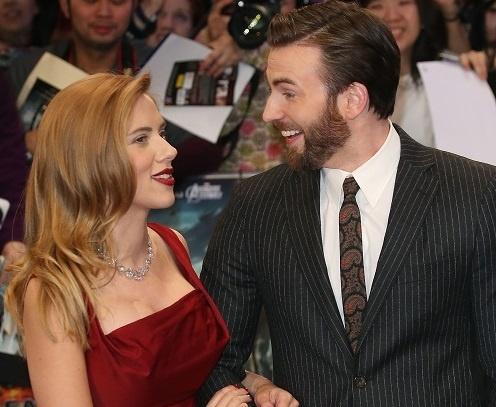 Chris Evans va Scarlett Johansson bi mat yeu nhau? hinh anh
