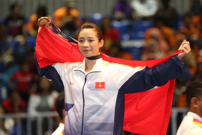 Chu nha Malaysia bat nhac Son Tung M-TP khi Viet Nam co HCV hinh anh