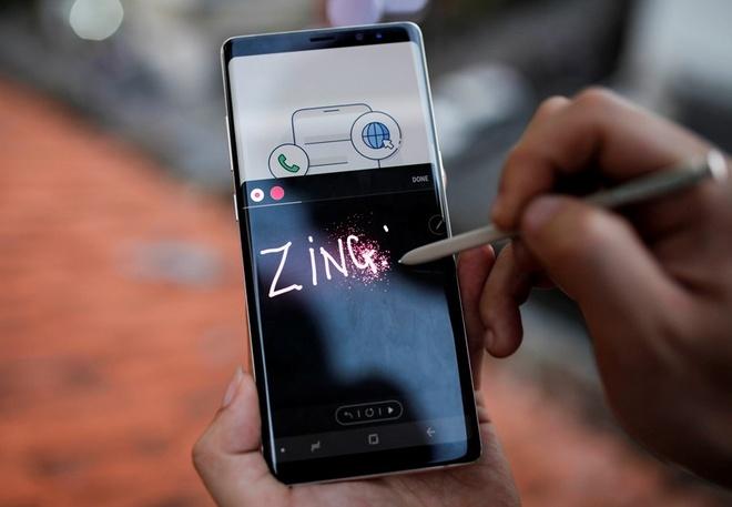 Samsung Galaxy Note 8 - ly do khien SamFan tang manh hinh anh