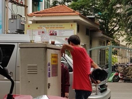 'Co' lam gia visa di Trung Quoc xem U23 Viet Nam hinh anh