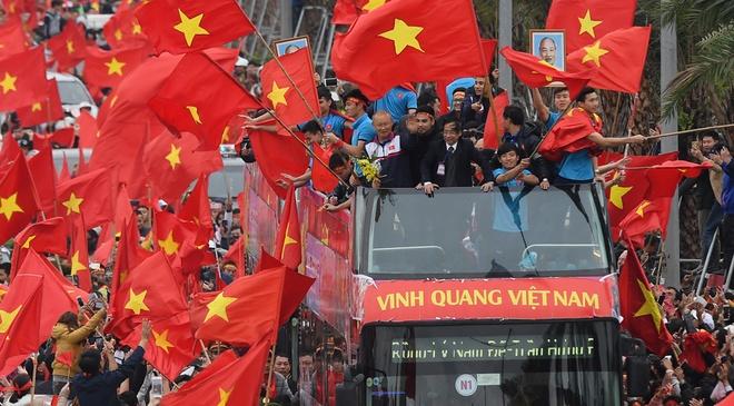 U23 Viet Nam mac ket nhieu gio o cau Nhat Tan giua bien co do sao vang hinh anh