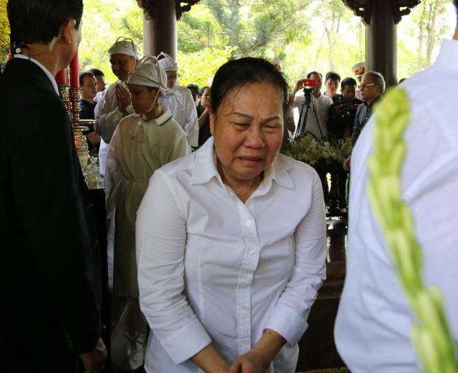 Nguoi dan Tan Thong Hoi don linh cuu nguyen Thu tuong Phan Van Khai hinh anh