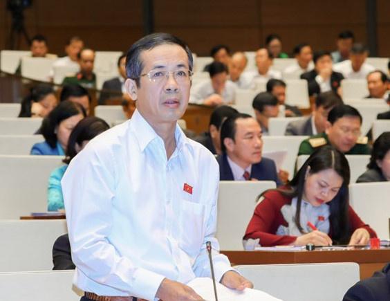 Ong Tran Cong Thuat duoc phe chuan lam Chu tich UBND tinh Quang Binh hinh anh 1