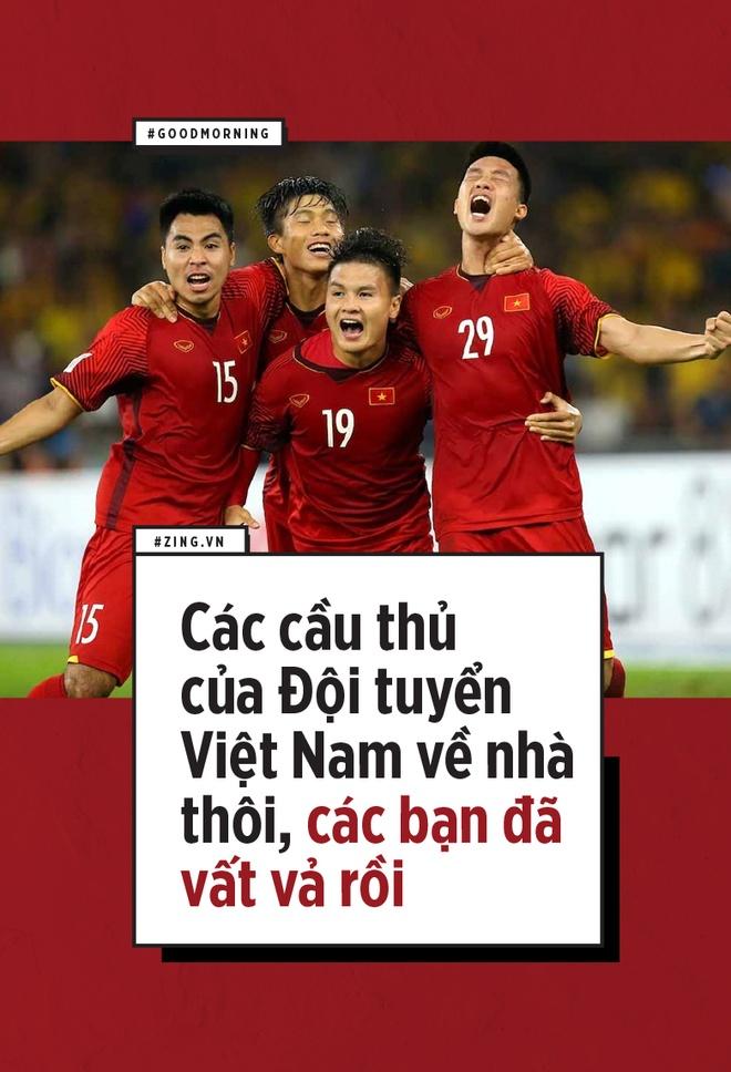 Cac cau thu cua Doi tuyen Viet Nam ve nha thoi, cac ban da vat va roi hinh anh 1