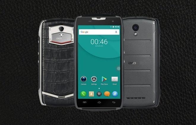 Du bi oto chen qua, smartphone DCO T5 Nhat van hoat dong binh thuong hinh anh 2
