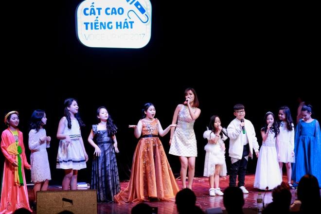 Nhung phan thi an tuong tai chung ket 'FYD Voice up kid 2017' hinh anh 9