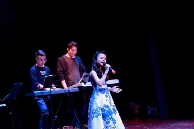 Nhung phan thi an tuong tai chung ket 'FYD Voice up kid 2017' hinh anh 5