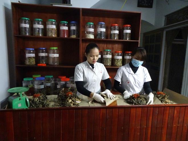 Bai thuoc chua tri gia truyen cua luong y Nguyen Thi Hien hinh anh 5