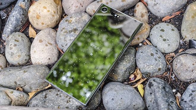 Xperia XZ Premium - smartphone dau tien so huu man hinh 4K HDR hinh anh 2