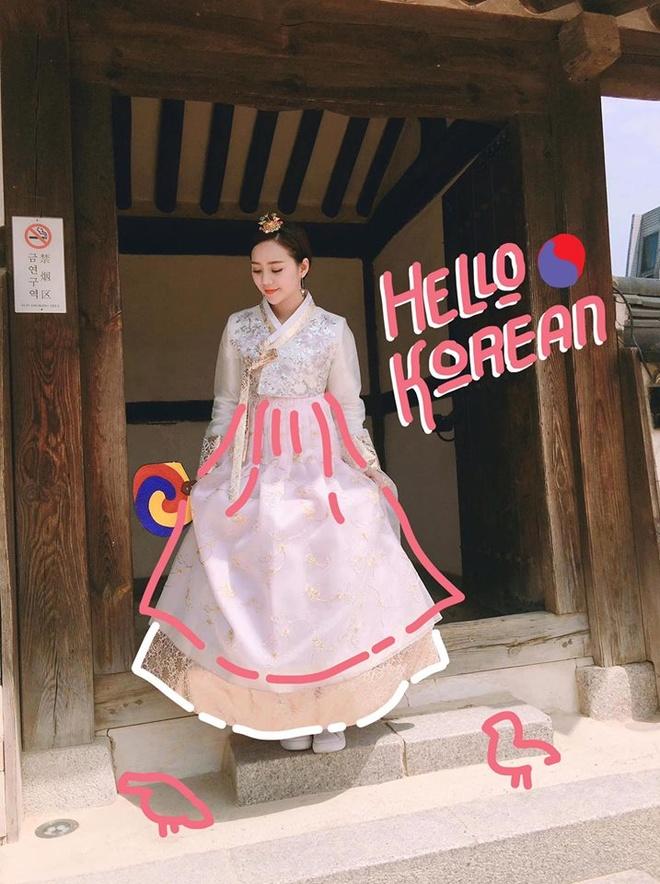 Hot teen Viet huong ung trao luu trang tri anh 'Khoanh khac 2017' hinh anh 2
