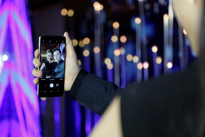 Samsung Galaxy A8 anh 6