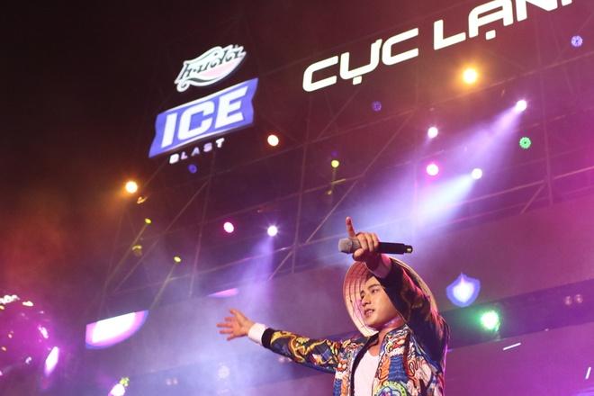Isaac, Toc Tien tai ngo nguoi ham mo Hue dip Festival hinh anh
