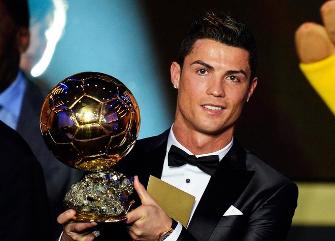 Ronaldo va nhung kieu toc 'phong do' qua nam thang hinh anh 7