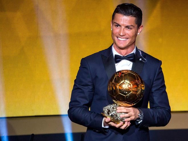 Ronaldo va nhung kieu toc 'phong do' qua nam thang hinh anh 8