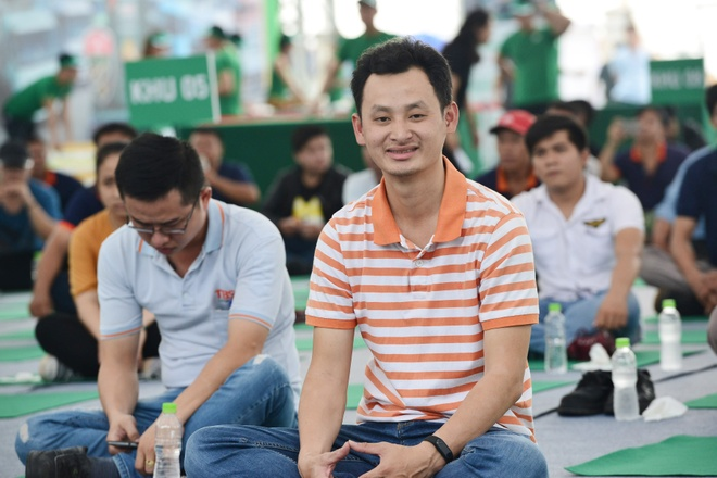 Quoc Co,  Quoc Nghiep,  Castrol anh 10