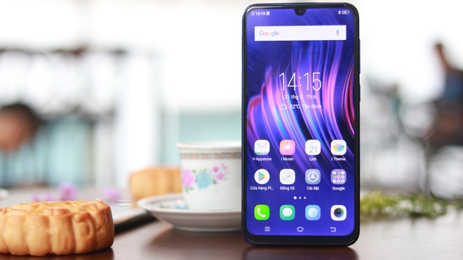 Vivo nang cap gi cho smartphone V11i? hinh anh