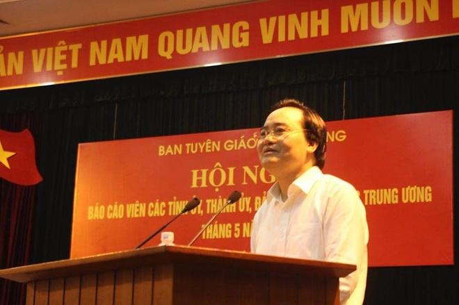 Bo truong Nha: Xu ly nghiem ca phu huynh lan hoc sinh gian lan thi cu hinh anh 1