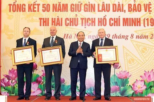 thi hai Chu tich Ho Chi Minh anh 1