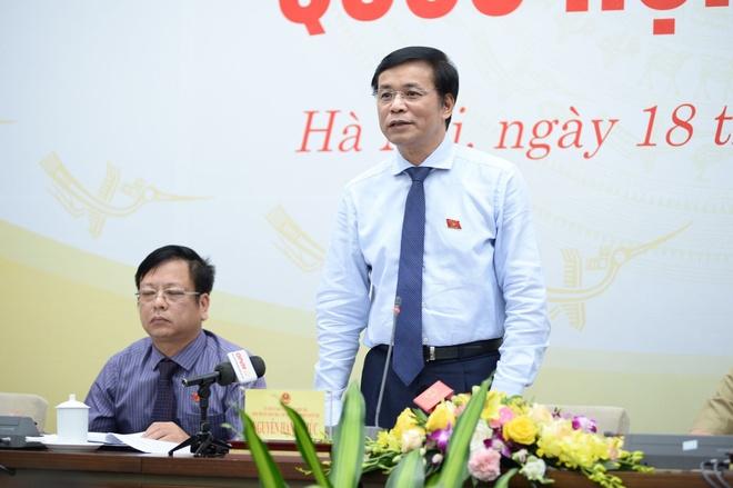 Quốc hội nói gì về 'trách nhiệm nêu gương' của ĐBQH Hồ Thị Cẩm Đào