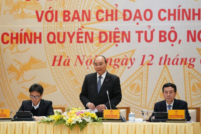 Thu tuong: Lam tot Chinh phu dien tu la giai phap ngua Covid-19 hinh anh 1 NQH07961.jpeg