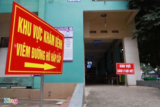 Thủ tướng yêu cầu Bộ Công an, Bộ Quốc phòng kiểm soát chặt các trường hợp được cách ly vì virus corona. Ảnh: Hồng Quang.