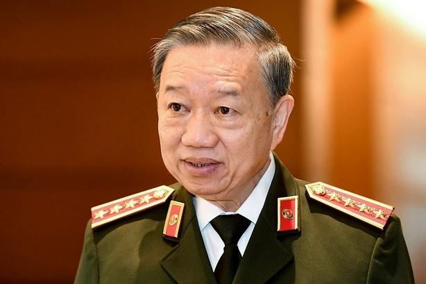 Bo truong Cong an tra loi ve vu Nhat Cuong anh 1