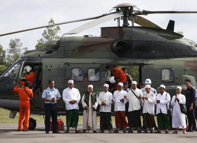AirAsia de nghi boi thuong cho gia dinh nan nhan QZ8501 hinh anh