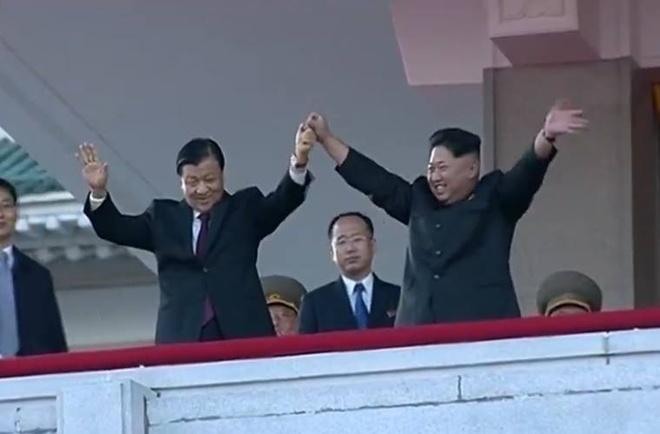 Nguoi Trieu Tien ho vang ten Kim Jong Un hinh anh 27