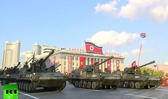 Nguoi Trieu Tien ho vang ten Kim Jong Un hinh anh 15